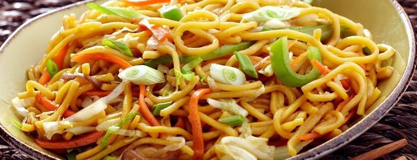 Chinese Veg Hakka Noodles Recipe