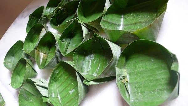 Bowls made of Banana leaves