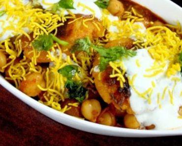 Aloo Tikki Chole - Chole Tikki Chaat Recipe